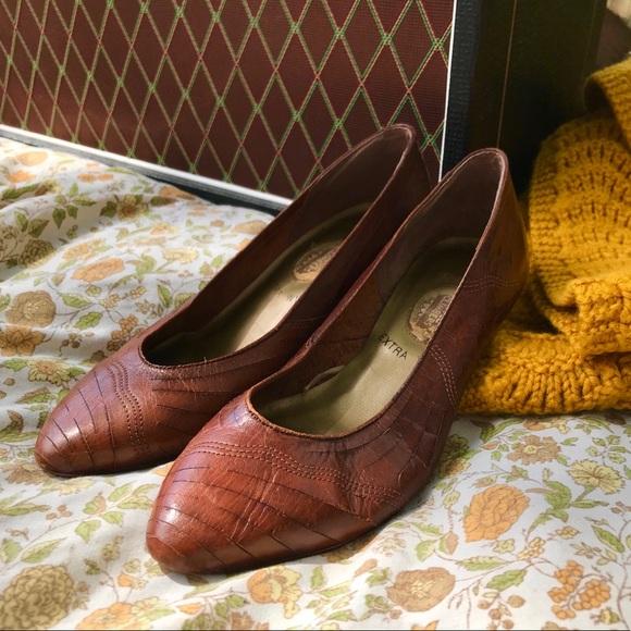 Stuart weitzman dress shoes vintage leather shoes size 7 loafers Italian leather shoes retro designer shoes vintage leather flats footwear
